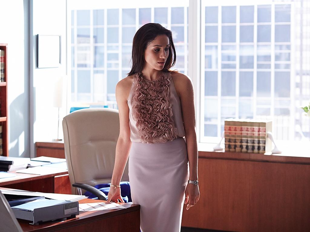 Workplace Dress Code Rachel Zane Savoir Ville