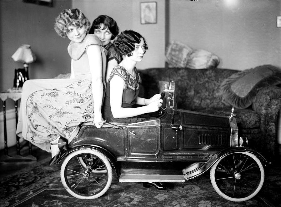 Road-Trip-Ladies