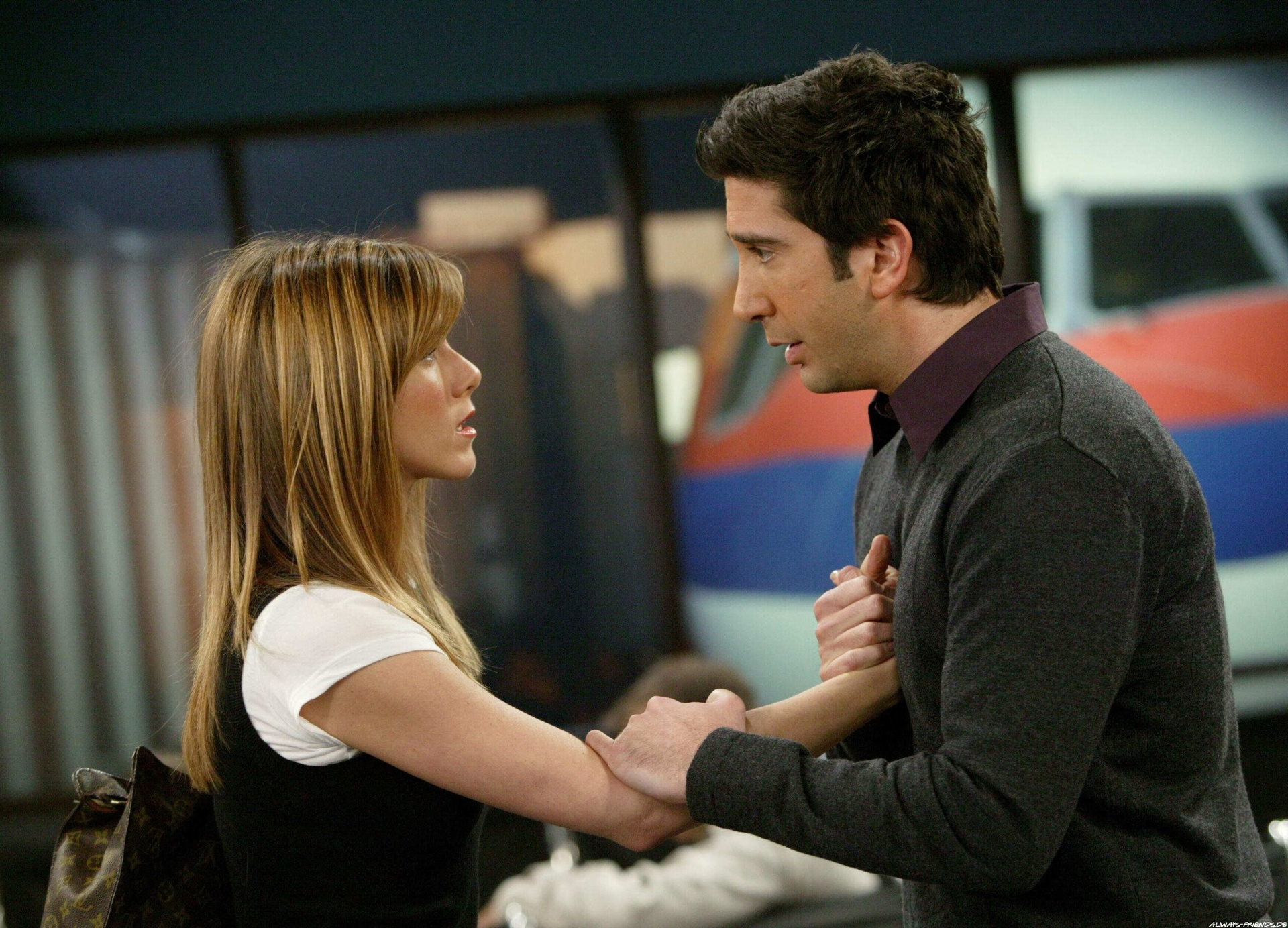 Ross_and_Rachel_finale_2