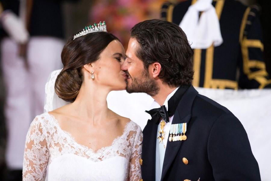 royal-wedding-1-custom