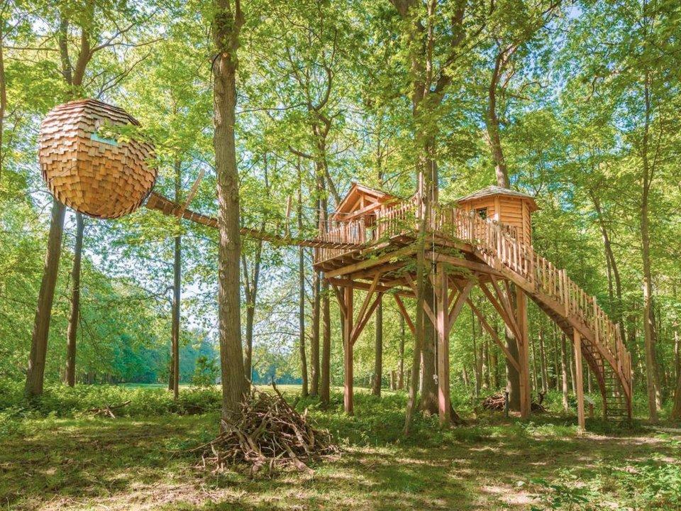 the-cosy-lovnest-spa-cabin