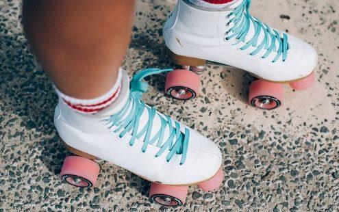To roller skating είναι η αερόβια άσκηση που πρέπει να βάλεις στη ζωή σου