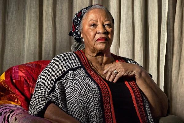 Toni Morrison Η αμειλικτη φωνη του αφροαμερικανικης ιστοριας (2)