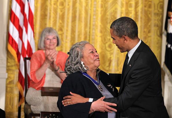 Toni Morrison Η αμειλικτη φωνη του αφροαμερικανικης ιστοριας (3)