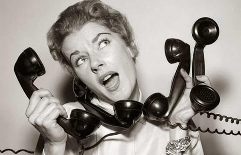 Πώς να γίνεις άνθρωπος του τηλεφώνου όταν μισείς το τηλέφωνο.