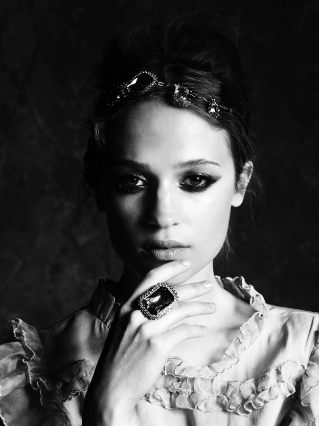 alicia-vikander-swedish-actress-115-624x832
