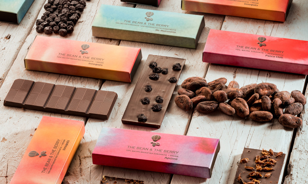 The Bean&The Berry: Η ελληνικη σοκολατα με κακαο, υπερτροφες, αρωνια και ιπποφαες