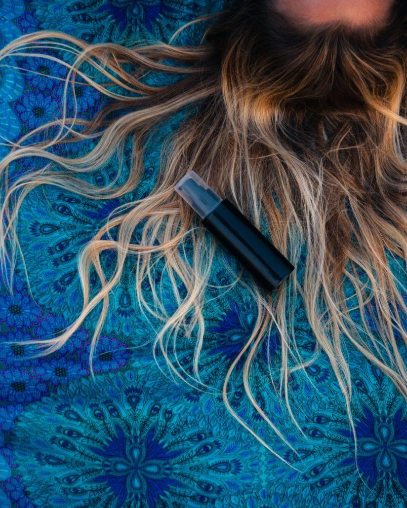 Όσα πρέπει να ξέρεις για τα πορώδη μαλλιά