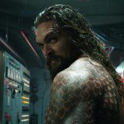 Προφανώς και θέλεις να δεις τον Jason Momoa στο τρέιλερ του Aquaman
