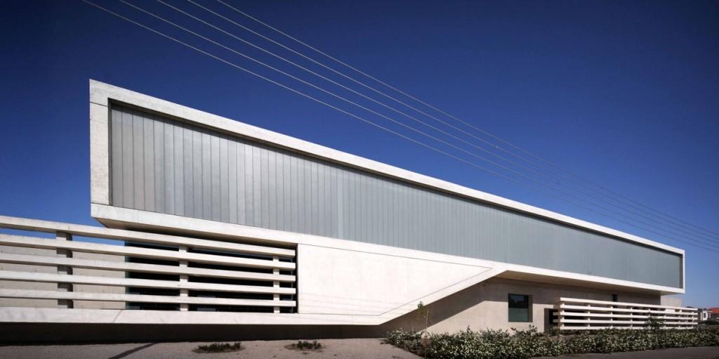 Νοτιοανατολική όψη κτιρίου, από το αρχείο φωτογραφιών των ams architects.