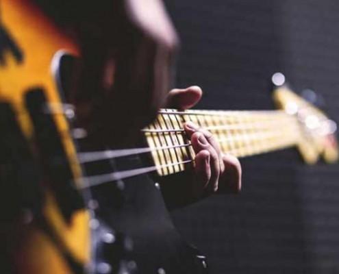 bass-guitar-pexels-photo-622
