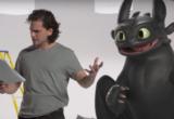 Υπάρχει κάτι πιο αστείο από τον Kit Harington να προσπαθεί να εκπαιδεύσει έναν δράκο;