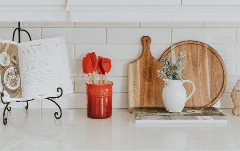 Απλές συμβουλές για να δώσεις προσωπικότητα στην κουζίνα σου