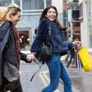 4 καταστήματα που δεν είναι Zara και Η&Μ