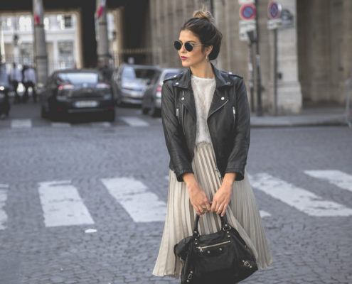 10 updated τρόποι να φορέσεις το biker jacket σου
