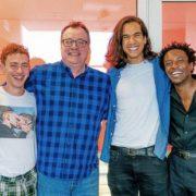 Στη σειρά Boys θα δούμε 4 φίλους να παλεύουν με την πραγματικότητα του AIDS στην Αγγλία των 80s