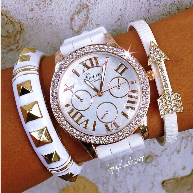 bracelet white 2
