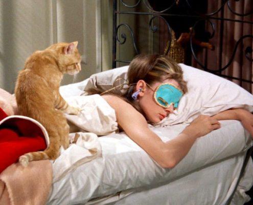 7 τρόποι για να αποτρέψεις την εμφάνιση ρυτίδων ενώ κοιμάσαι