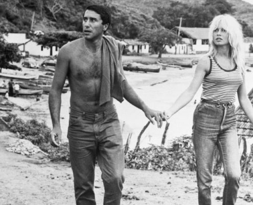 16 φωτογραφίες της Brigitte Bardot που θα εμπνεύσουν τα καλοκαιρινά σου outfits