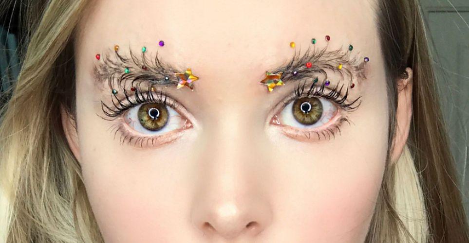 Τα πιο περίεργα beauty trends που κυκλοφορούν αυτή τη στιγμή στα social media