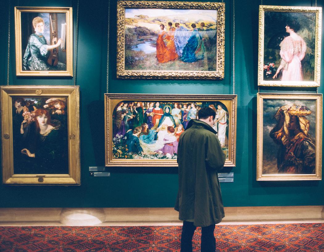Γιατι αγαπαμε τα αγορια που ασχολουνται με την τεχνη