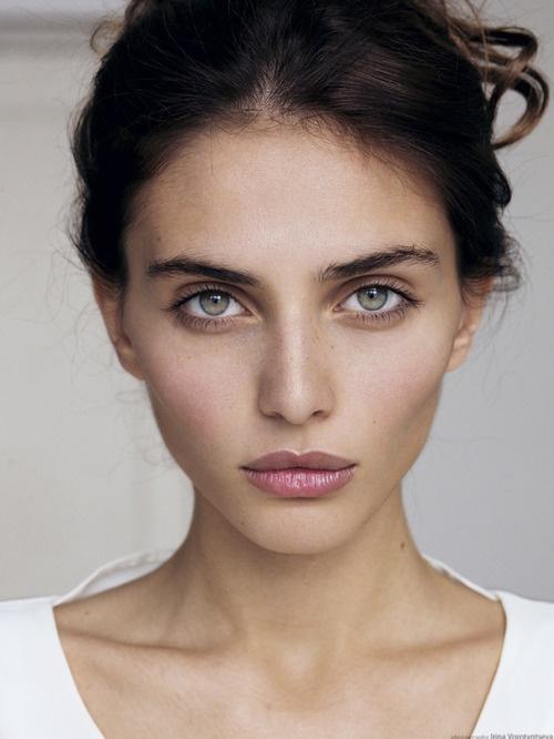 4+1 διαχρονικα tips για αψογο μακιγιαζ