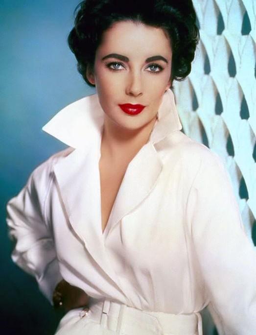 7 δεκαετίες, 7 γυναίκες-σύμβολα, 7 beauty look που πρέπει να αντιγράψεις ακόμη και σήμερα