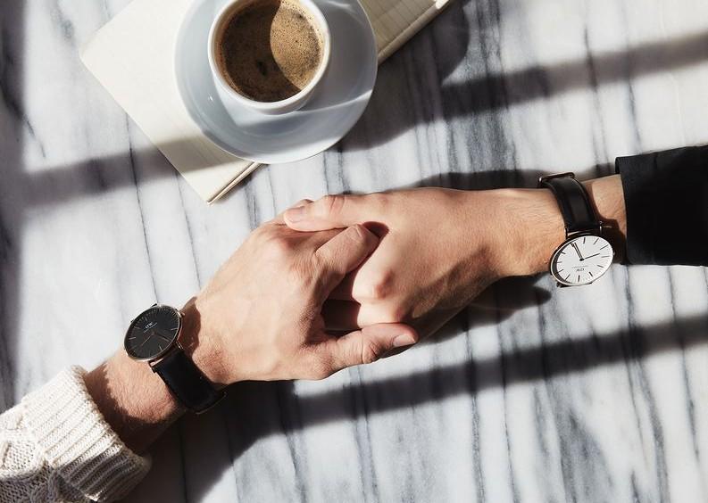 4 ερωτήματα για εσένα που έχεις ελεύθερη σχέση