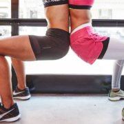 Αυτή η παραλλαγή των squats υπόσχεται να μεταμορφώσει το σώμα σου