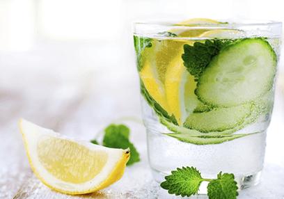 Detox water: Μάθε τι είναι και πώς φτιάχνεται