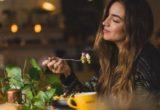 4 αλλαγές στη διατροφή που είναι καλύτερες κι από botox