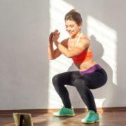 3 αντικείμενα του σπιτιού σου που μπορείς να μετατρέψεις σε εξοπλισμό γυμναστικής