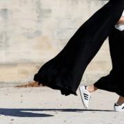 4 βήματα για να διατηρήσεις λευκά τα αγαπημένα σου sneakers