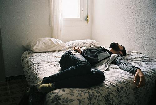 dream-asleep-beard-boy-favim-com-633661