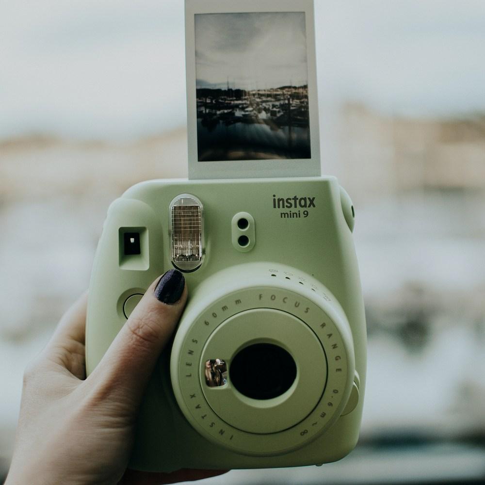 Editors' debate: Είναι τελικά οι φωτογραφίες ο καλύτερος τρόπος να κρατάς τις αναμνήσεις σου;