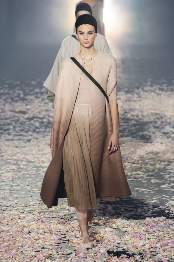 Πώς να πετύχεις το beauty look των μοντέλων του show του Dior στο Παρίσι