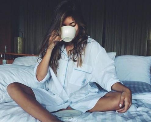 Γιατί αισθανόμαστε συνεχώς κουρασμένοι: Αίτια και τρόποι αντιμετώπισης
