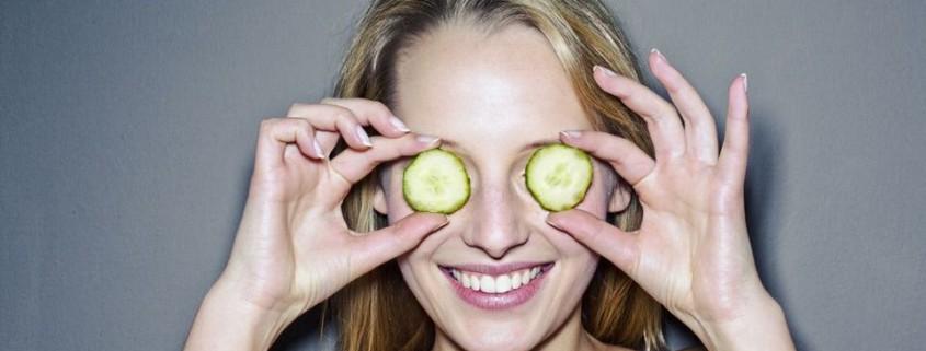 Γιατί είναι καλύτερο να καθαρίζεις το πρόσωπό σου με λάδι αντί νερό