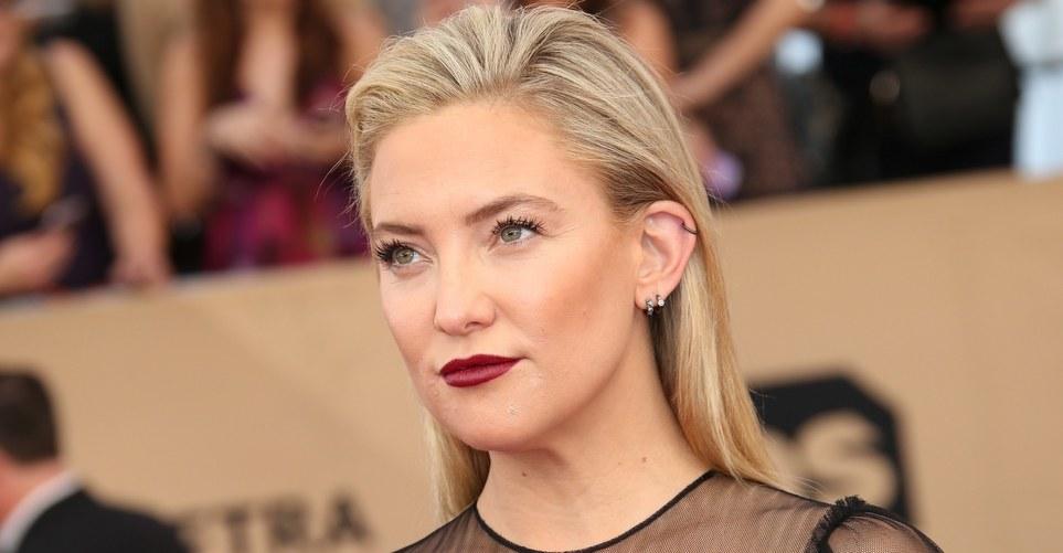 8 φορές που η Kate Hudson μας ενέπνευσε με τα hairstyles της