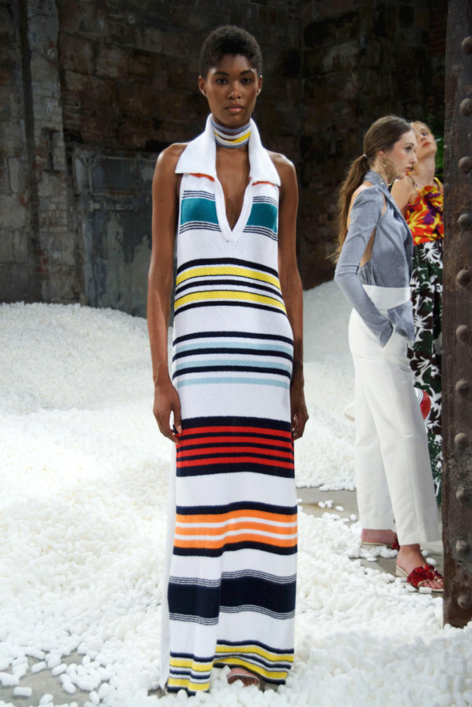 hbz-ss2017-trends-bold-bright-stripes-04-rosie-assoulin-rs17-7819