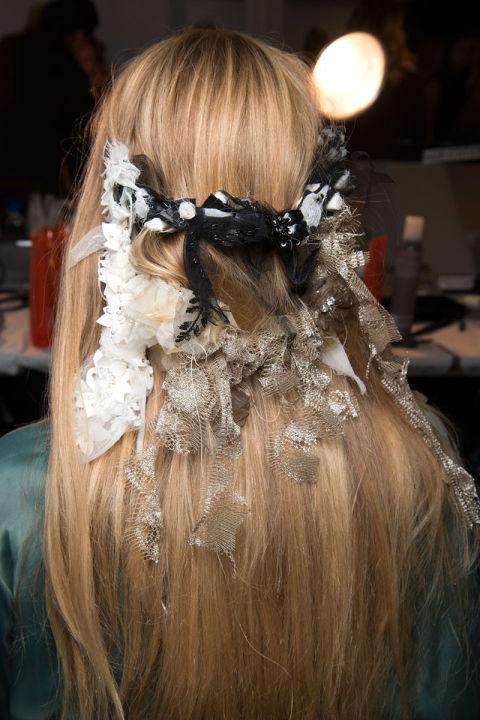 hbz-the-list-best-hair-accessories-15-rodarte-bks-v-rs17-8465_1