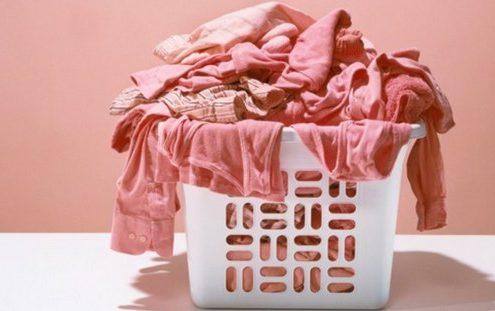 Πώς να περιποιηθείς τα ρούχα σου για να τα έχεις για πάντα