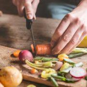 4 λαχανικά που πρέπει να καταναλώνεις ωμά