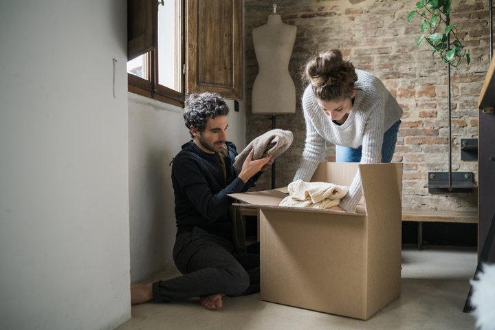 4 χρήσιμες συμβουλές για να μη γίνει η συγκατοίκηση ο λόγος που θα χωρίσετε
