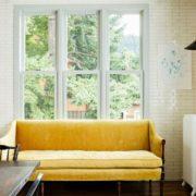 Το mustard-yellow είναι το χρώμα που κυριαρχεί στο interior design αυτό το φθινόπωρο