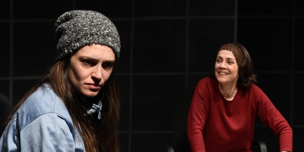 """Η παράσταση """"Με λένε Έμμα"""" στο Σύγχρονο Θέατρο"""