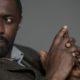 """Αν σε ρωτήσουν """"Ποιός είναι ο Idris Elba;"""" μην ξαναπείς """"Ο πιο σέξυ άντρας στον κόσμο"""""""
