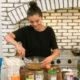 Η Selena Gomez μας δείχνει την κουζίνα της και εμείς την λατρέψαμε