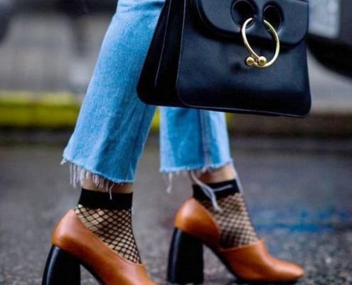 3 τρόποι για να μετατρέψεις το τζιν σου σε fashion item
