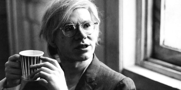 Σπάνιο υλικό από τη φωτογραφική μηχανή του Andy Warhol που πρέπει να δεις